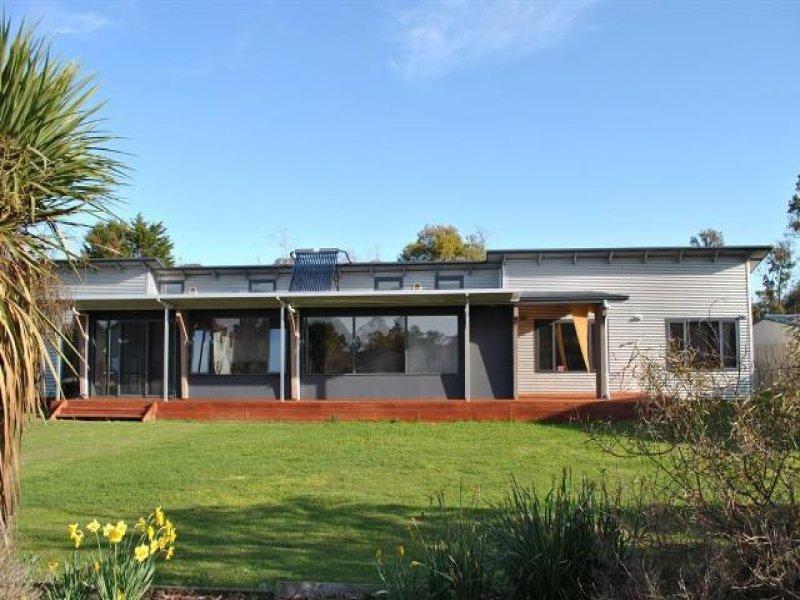 6 Carl Court, Swan Point, Tas 7275