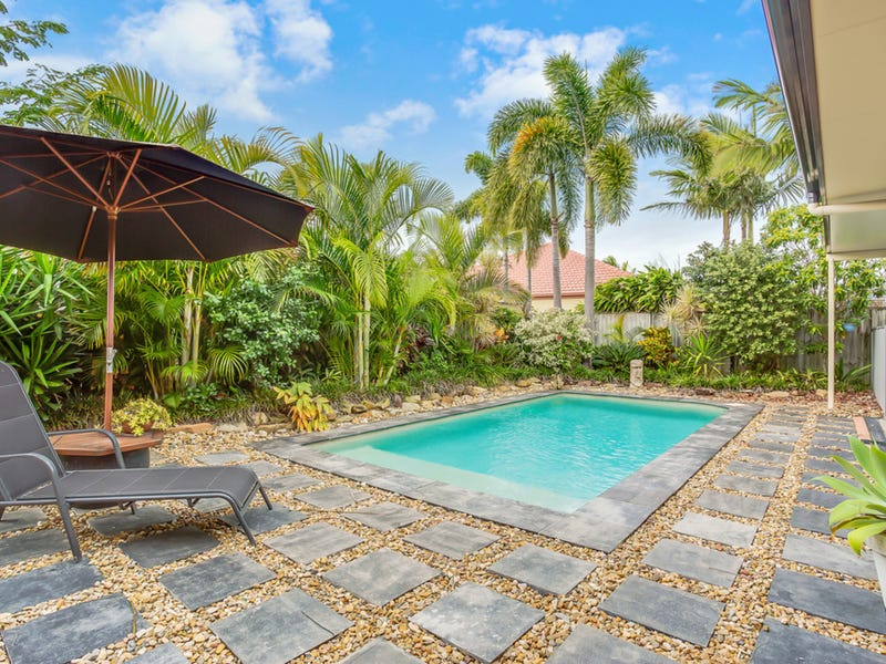 6 Shoalwater Court, Burleigh Waters, Qld 4220