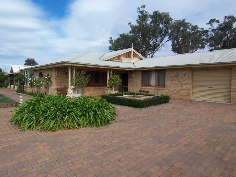 104 Netherleigh Lane, Cootamundra, NSW 2590