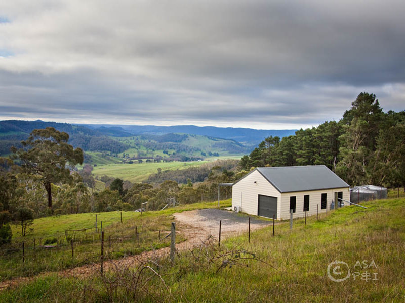 1720 Jenolan Caves Road, Hampton, NSW 2790