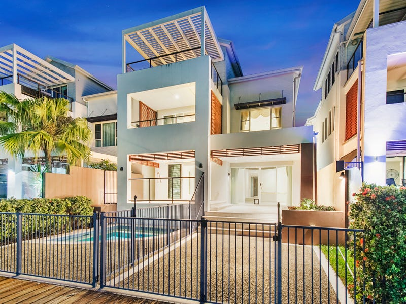 32 Brindabella Close, Coomera Waters, Qld 4209