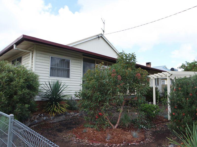 4 Dennes Street, Wingham, NSW 2429
