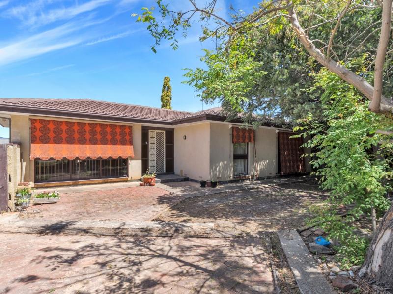 1 Naturi Court, Ridgehaven, SA 5097