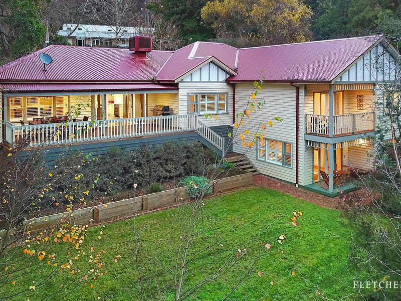 22 Helen Road, Mount Dandenong, Vic 3767