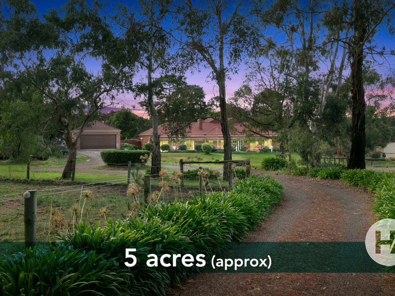 212 Pearcedale Road, Cranbourne South, Vic 3977