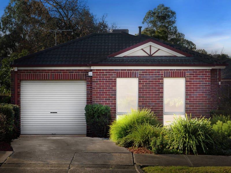 1/3 Rotherwood Avenue, Mitcham, Vic 3132