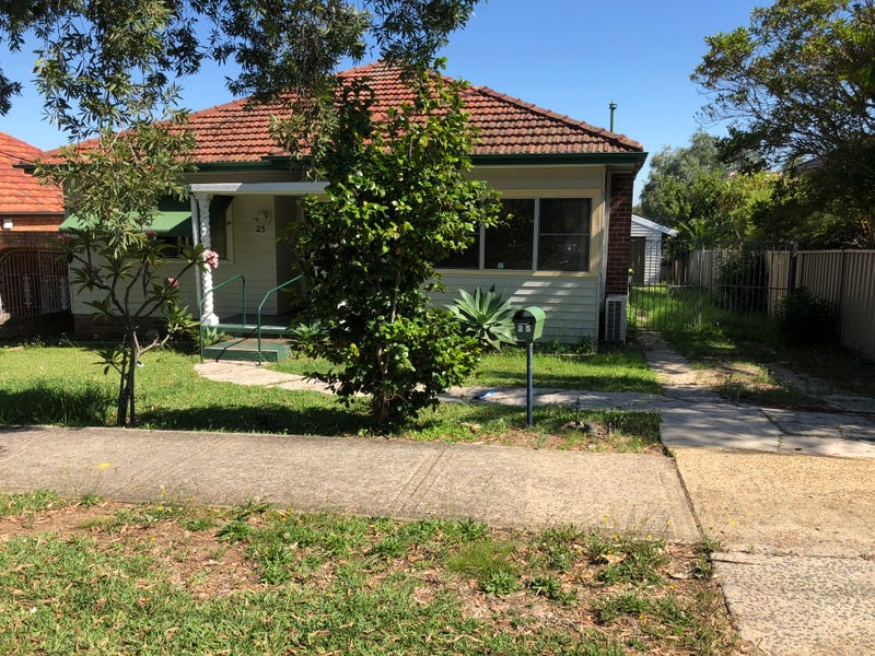 25 Dunkirk Avenue, Kingsgrove, NSW 2208