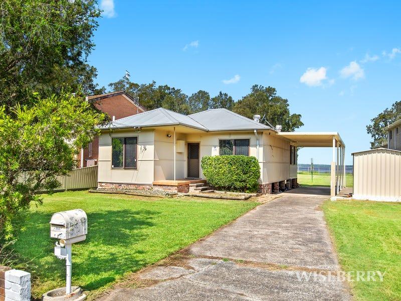 368 Tuggerawong Rd, Tuggerawong, NSW 2259