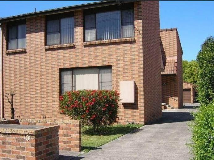 1/101 Pur PUr Avenue, Lake Illawarra, NSW 2528