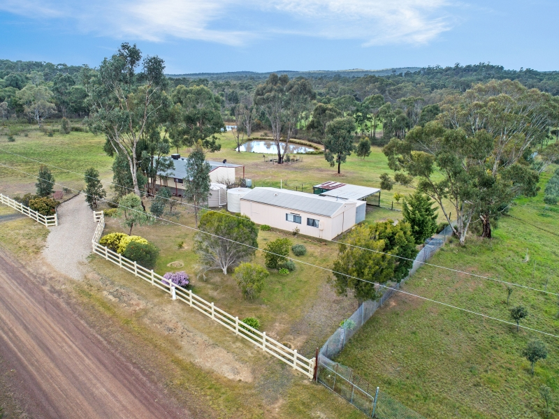 26 Hakea Court, Heathcote, Vic 3523