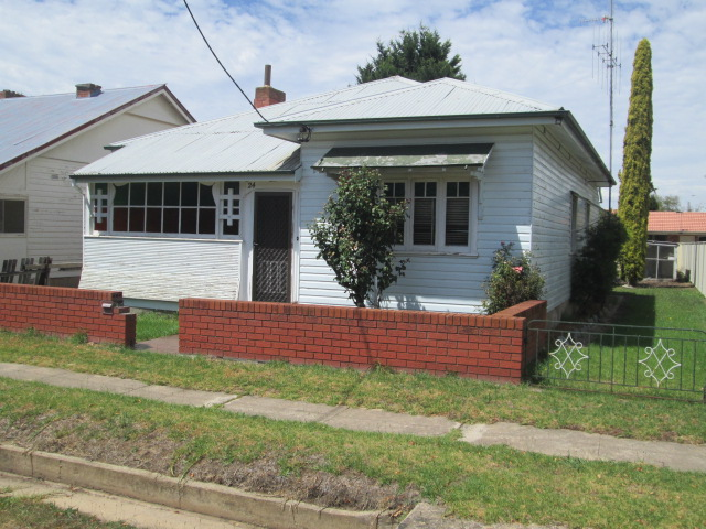 24 CITIZEN STREET, Goulburn, NSW 2580
