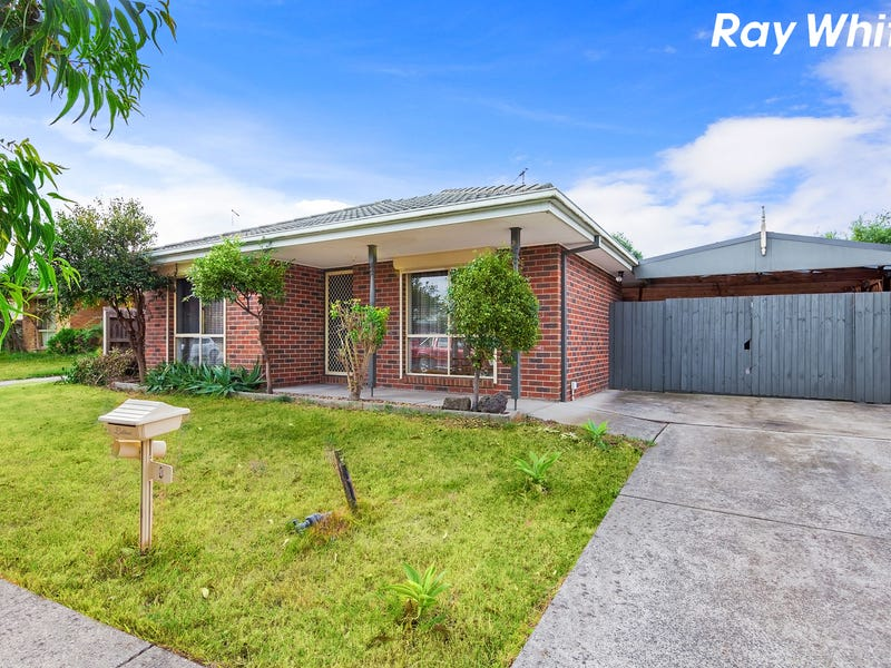 8 Claire Close, Pakenham, Vic 3810