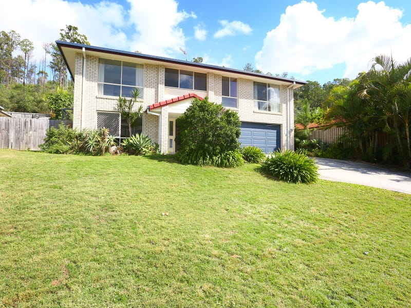 8 Moorea Court, Pacific Pines, Qld 4211