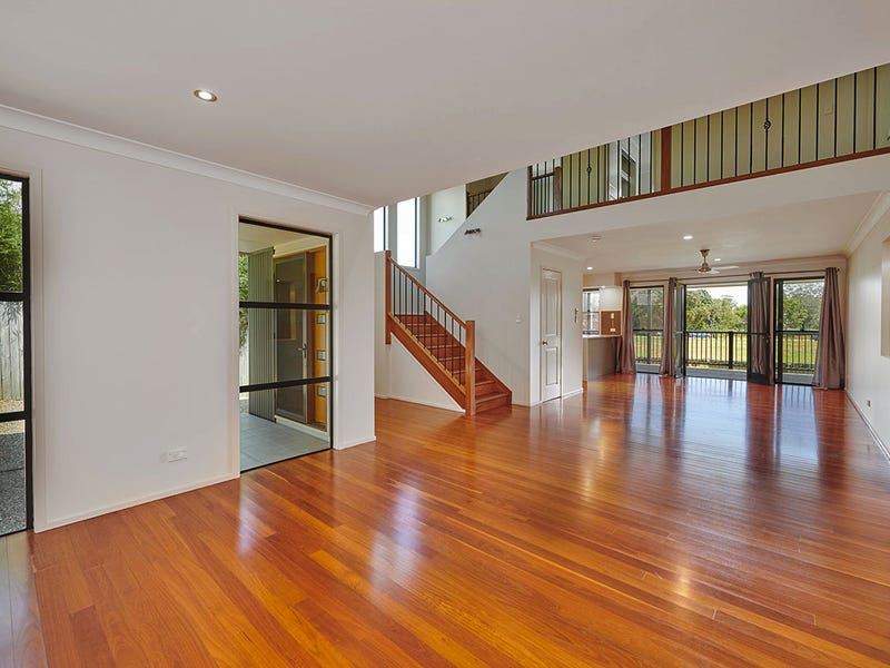 2/26i Coomburra Crescent, Ocean Shores, NSW 2483