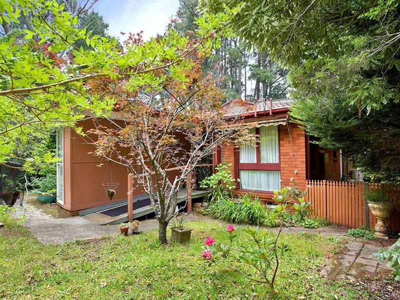 12 Cascade Street, Wentworth Falls, NSW 2782