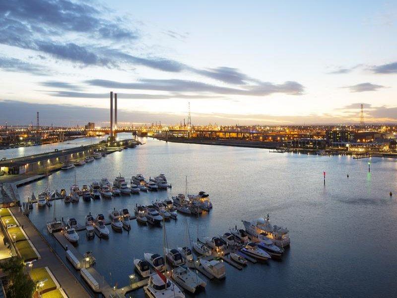 131/55 Victoria Harbour Promenade, Docklands, Vic 3008