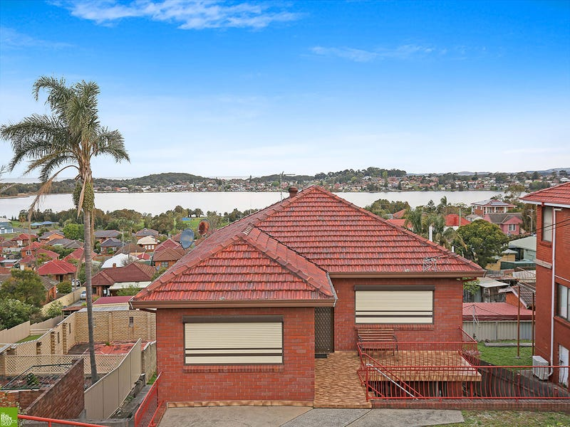 2/19 Vermont Road, Warrawong, NSW 2502