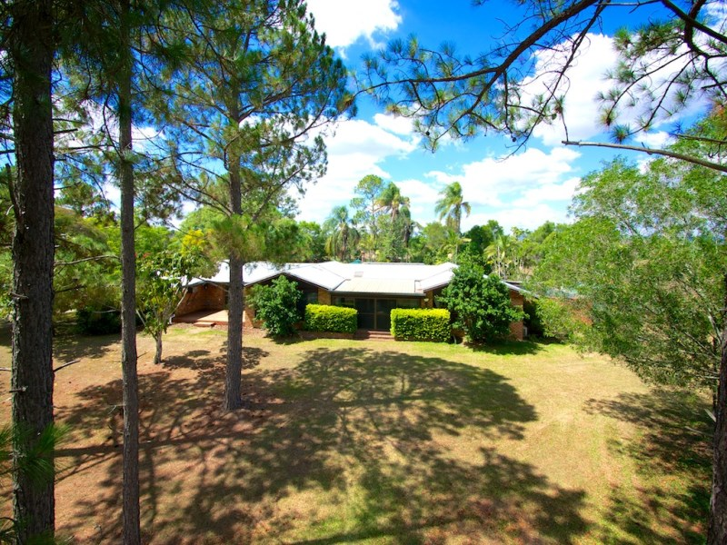 39 Theuerkaufs Road, Fairney View, Qld 4306