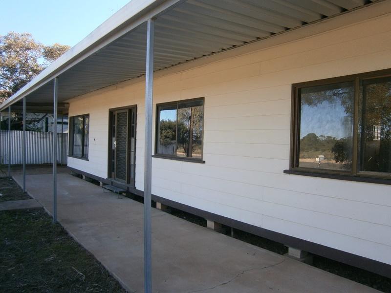 12 Riverview Terrace, Morgan, SA 5320