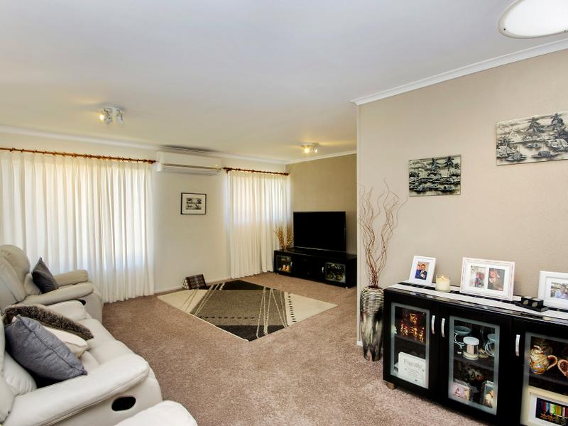 25 The Lake Circuit, Culburra Beach, NSW 2540