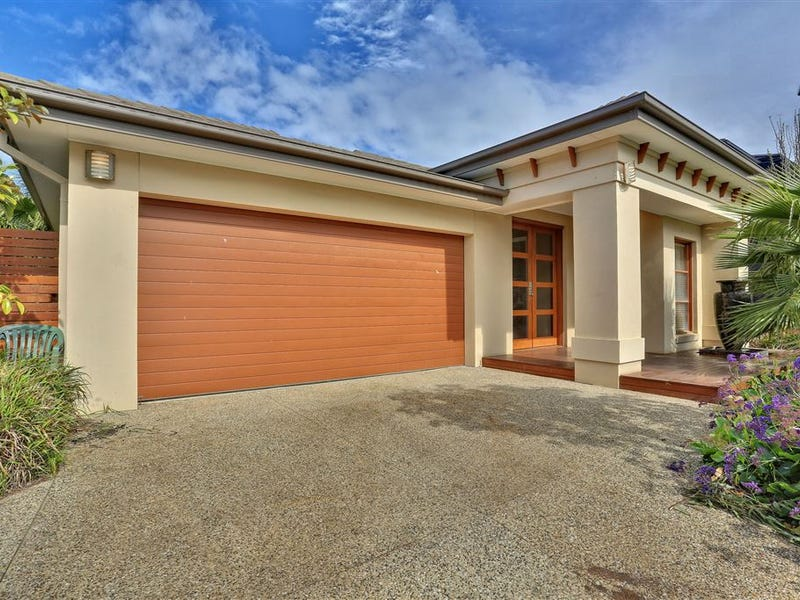 242 Saltwater Prom, Point Cook, Vic 3030