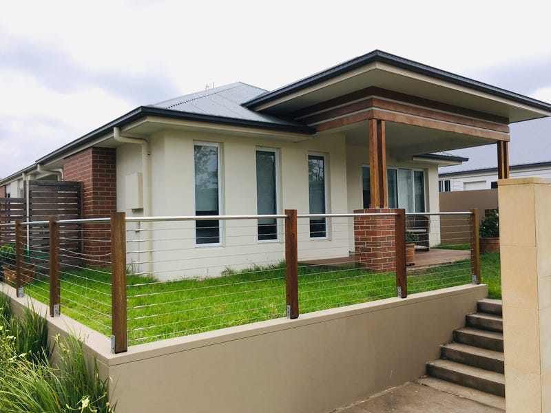 70 Triton Boulevard, North Rothbury, NSW 2335