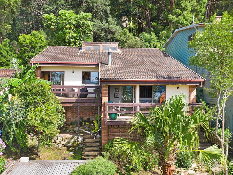 25 Hughes Street, Point Clare, NSW 2250