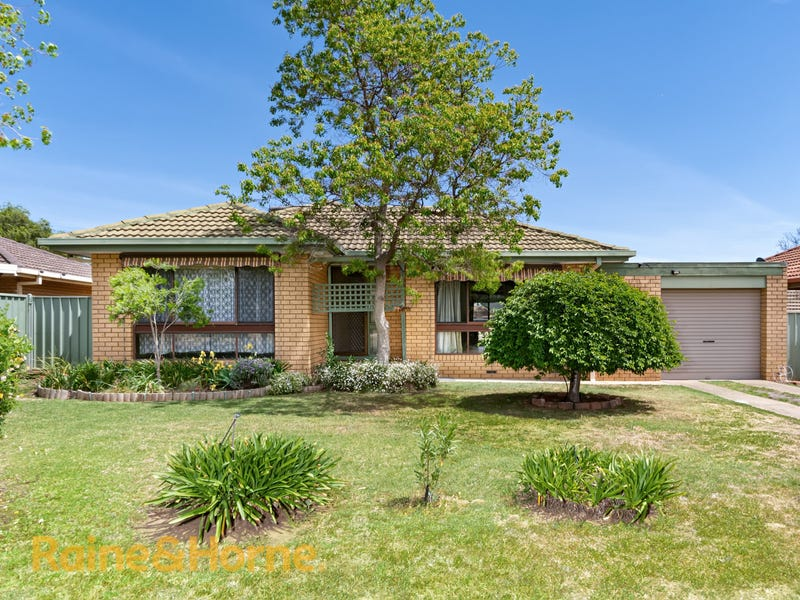 9 Eldershaw Drive, Forest Hill, NSW 2651