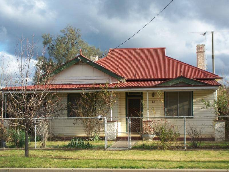 82 Adams Street, Cootamundra, NSW 2590