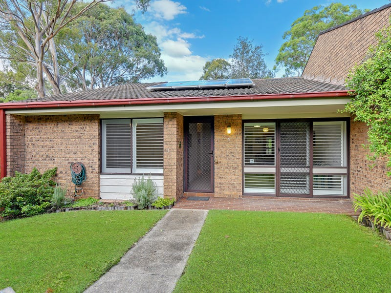 1/2 Kitchener Rd, Cherrybrook, NSW 2126