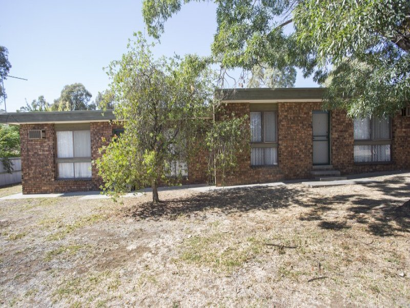 2/52 Happy Valley Road, Ironbark, Vic 3550