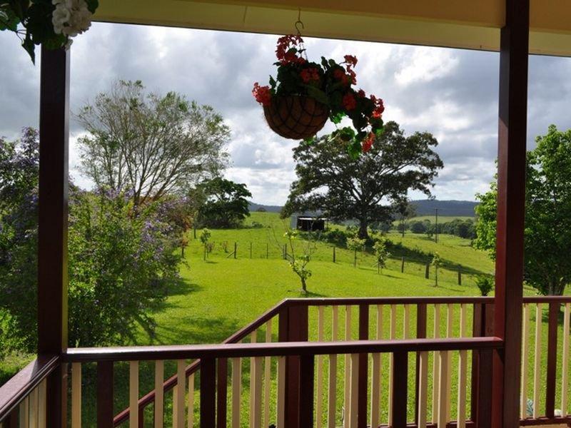 121 Whites Road, Yarranbella, NSW 2447
