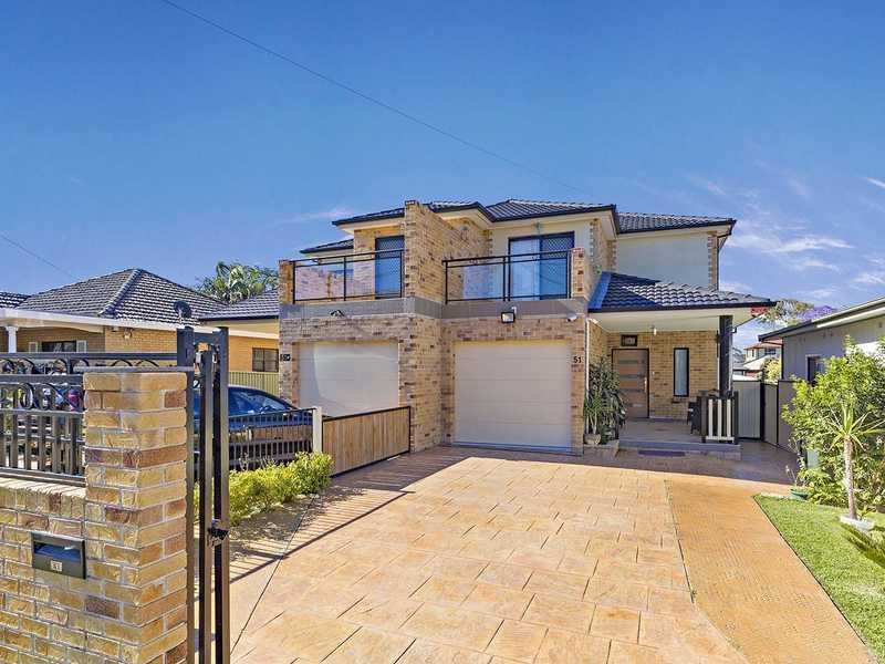 51 Cardigan Road, Greenacre, NSW 2190