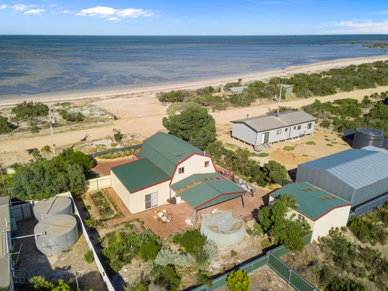 187 The Esplanade, Thompson Beach, SA 5501