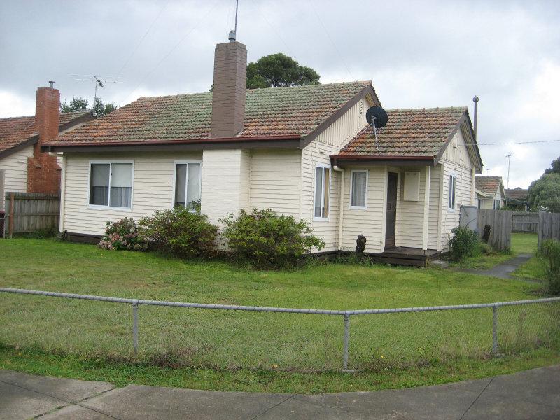 73 Ballarat Road, Hamilton, Vic 3300