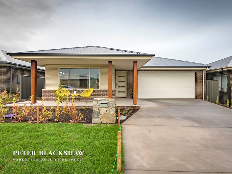 35 Griffiths Link, Googong, NSW 2620
