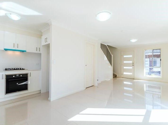 2/32 Chapel Street, St Marys, NSW 2760