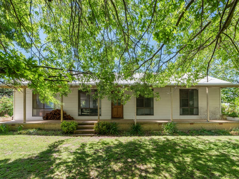 18 Adrians Lane, Spring Hill, NSW 2800