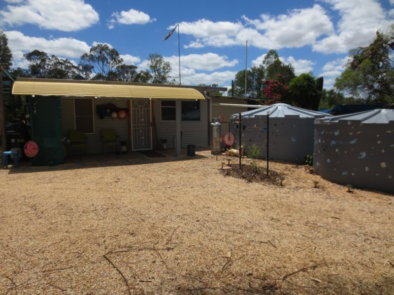 Address available on request, Sapphire, Qld 4702