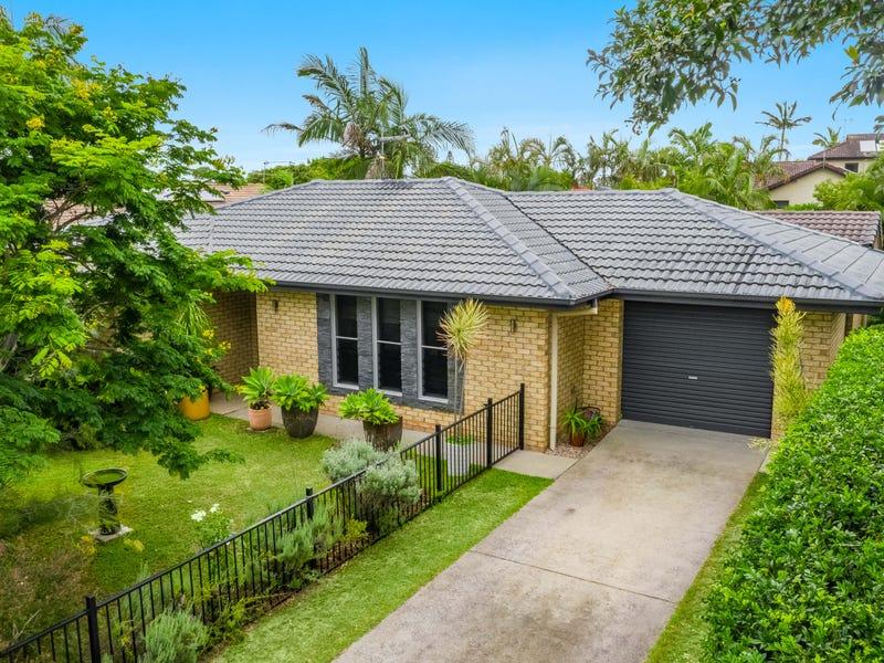 15 The Peninsula, Yamba, NSW 2464