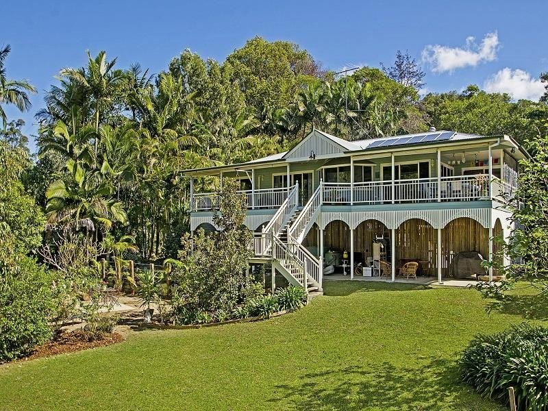 196 Whites Road, Landsborough, Qld 4550