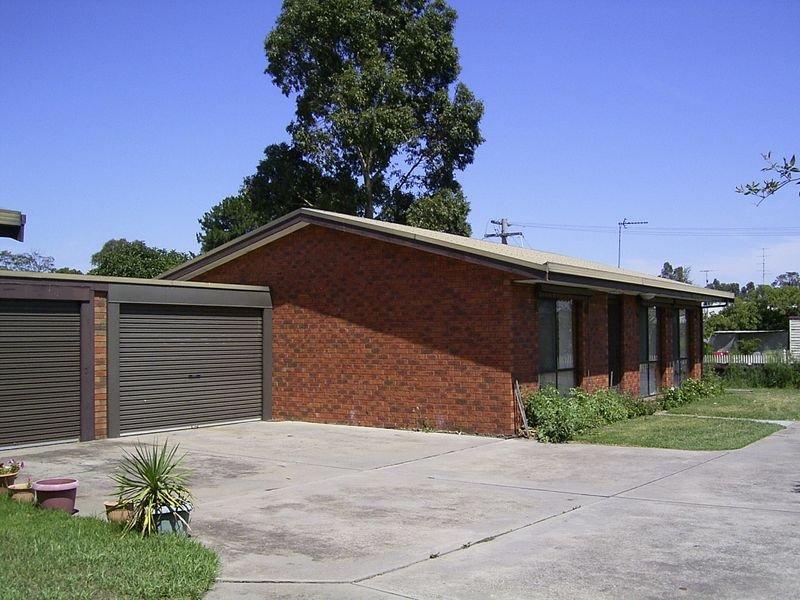 1/1 Dahlsen Crescent, Bairnsdale, Vic 3875