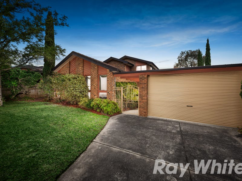 4 Clarke Crescent, Wantirna South, Vic 3152