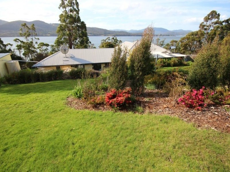 320 Esperance Coast Road, Brooks Bay, Tas 7116