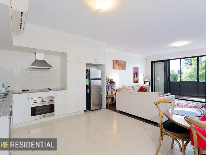 8/2 Pensioner Guard Road, North Fremantle, WA 6159