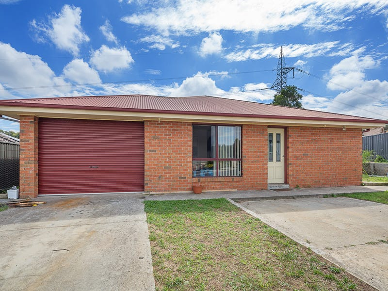 8 Rosewood Court, Mount Helen, Vic 3350