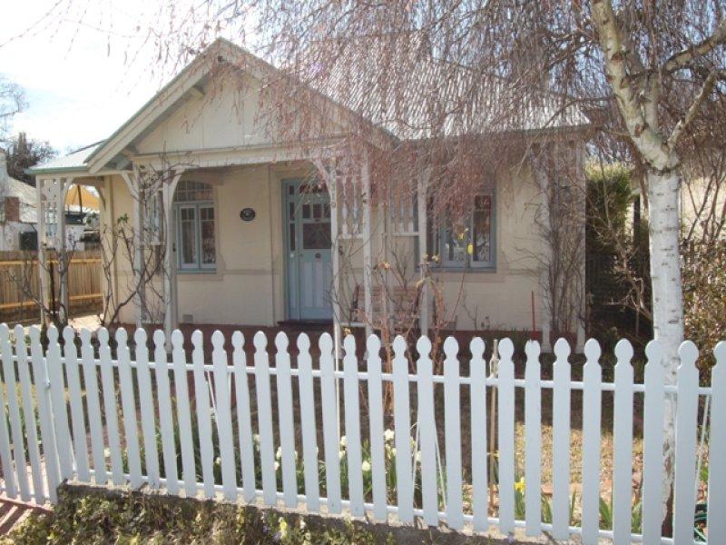 319 Russell Street, Bathurst, NSW 2795
