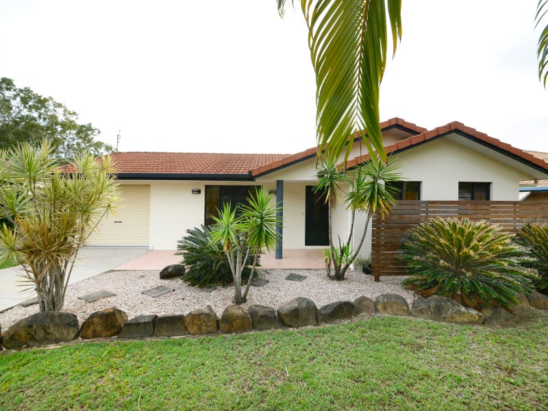 30 Valley Drive, Cannonvale, Qld 4802