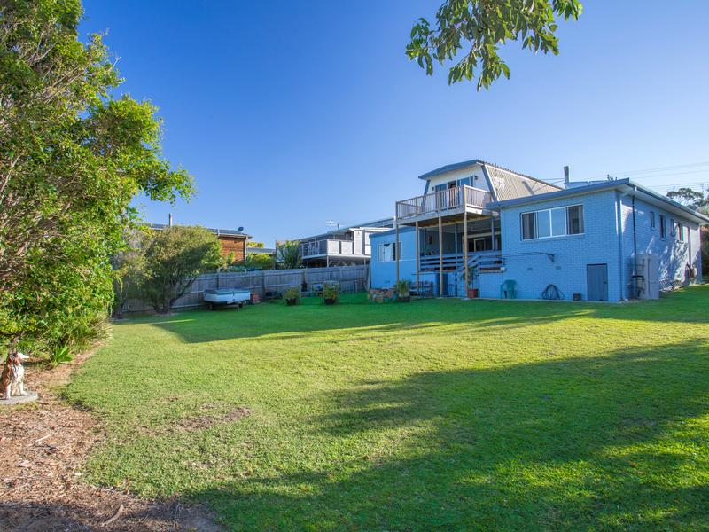 20 Highview Drive, Dolphin Point, NSW 2539
