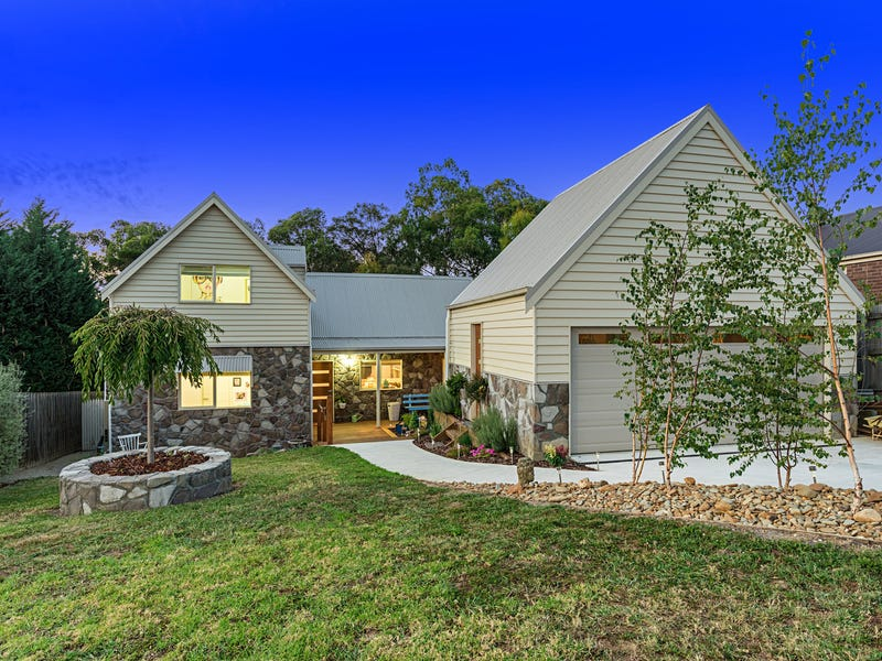 21 Galera Court, Wandin North, Vic 3139